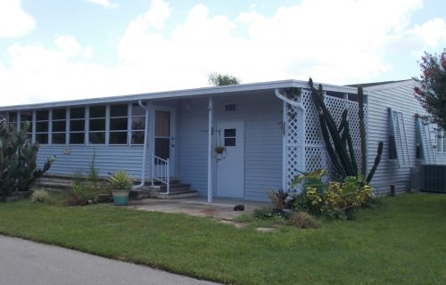 1990 2 Bed/2 Bath Palm Harbor Home PLUS One Year Free Rent