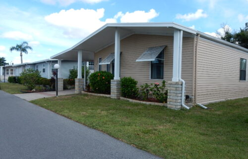 Lovely Palm Harbor Waterfront 2 Bed 2 Bath Home in The Grove Plus 6 Months FREE Rent
